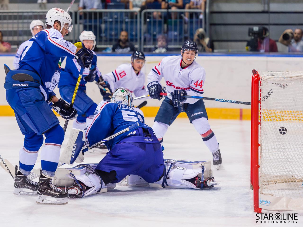 HC Slovan_ACT1108