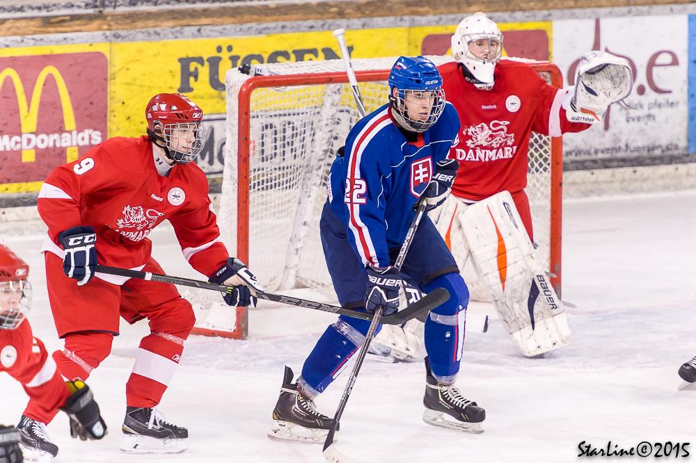 Reprezentácia SR U17 proti Dánsku na Turnaji štyroch krajín v nemeckom Füssene