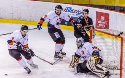 Hokejový zápas 1. ligy HC OSMOS Bratislava – HK Dukla Michalovce