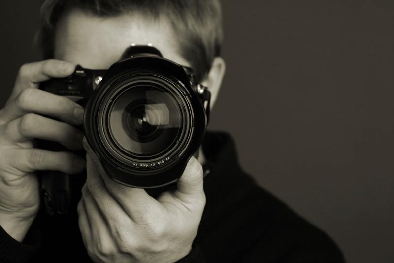 Európsky súd: Online fotografiu nemožno bez súhlasu autora opätovne použiť